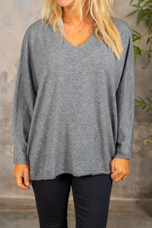 Alissa genser med V -hals - Strikket - Grå