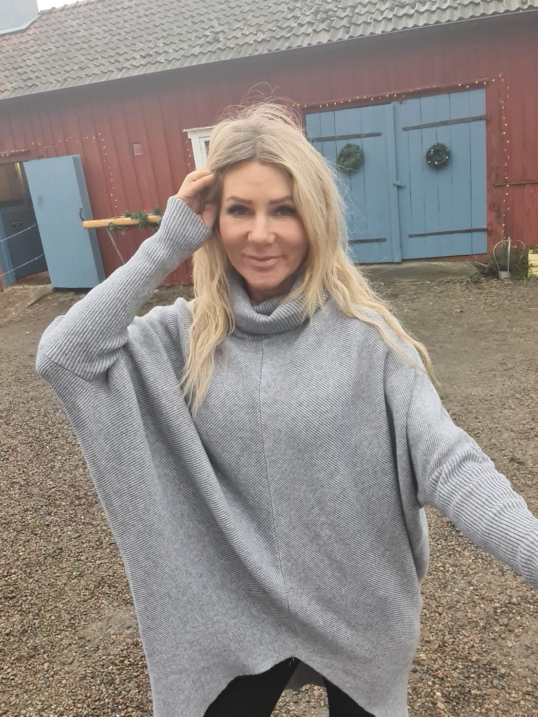 Bonnie - Strikket genser med polokrage - Grå