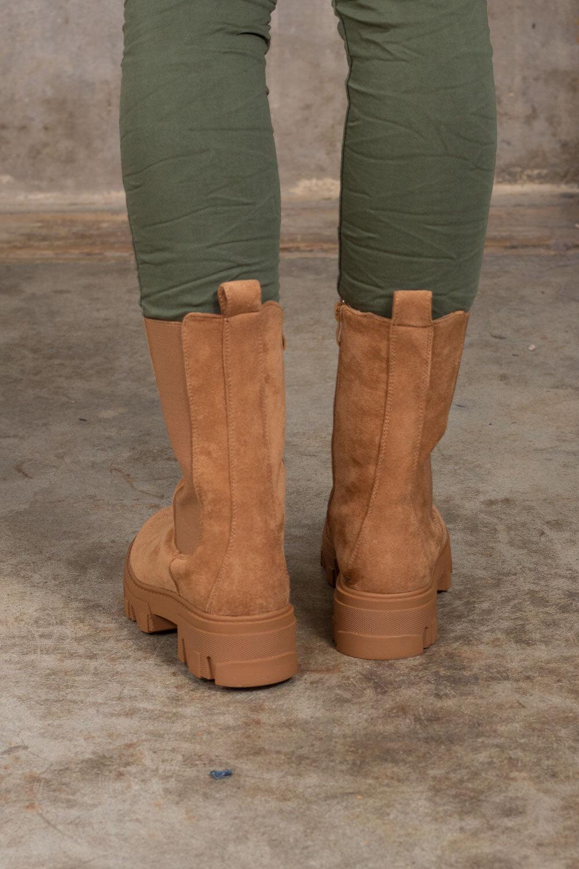 Støvler i semsket imitasjon - Kamel