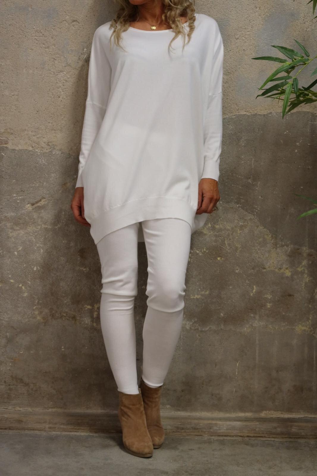 Brittany - Strikket sett - Genser og bukser - Cream