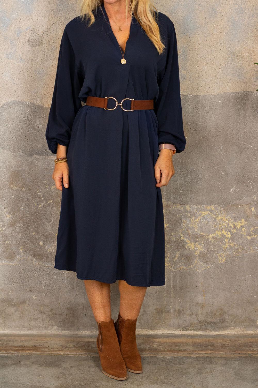 Carla kjole - V-hals - Midnatt blå
