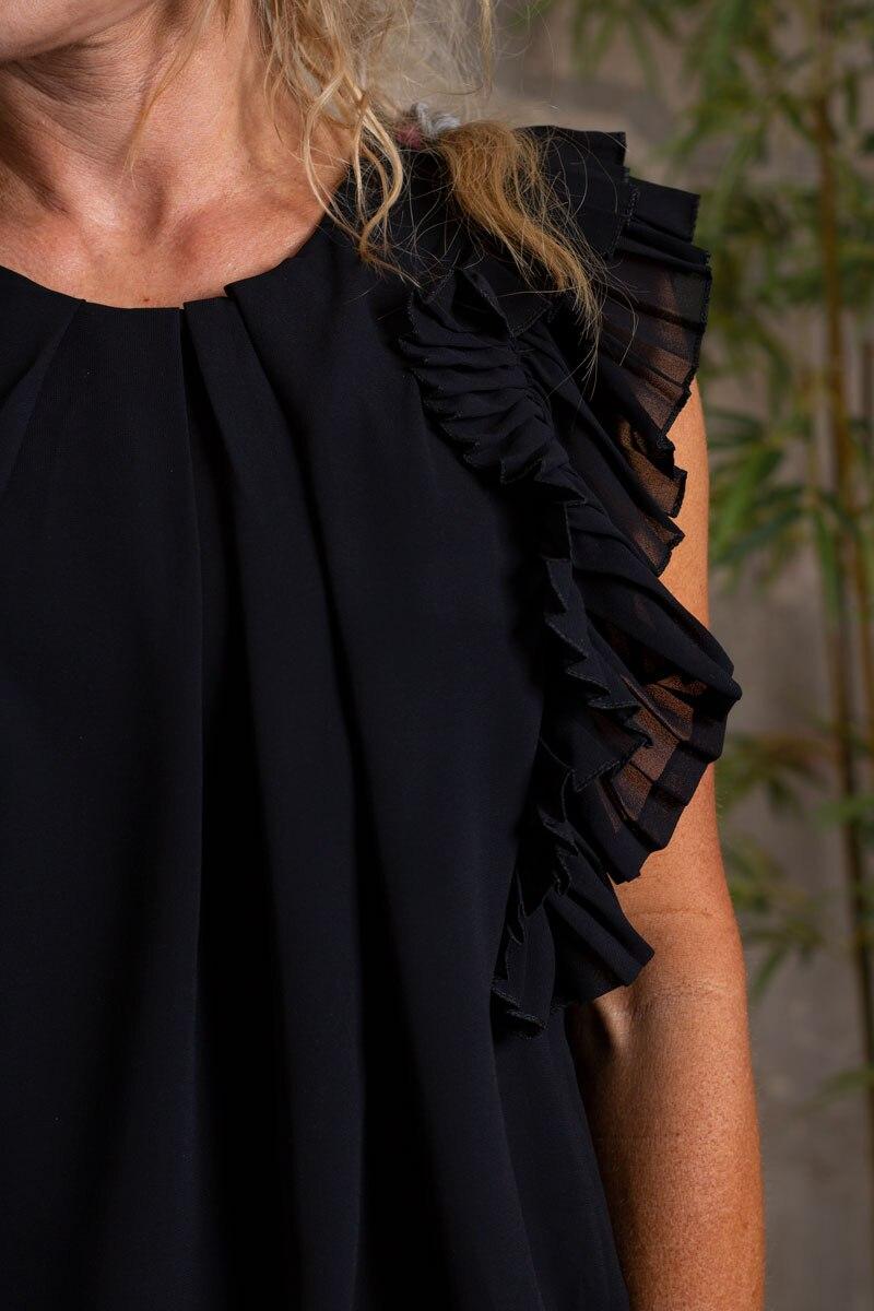 Carmen---Topp-med-Plisserade-armar-svart-detalj