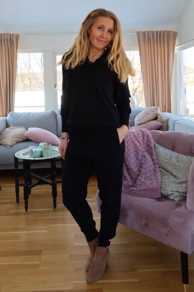 Ebba strikket sett - Knapper - Svart