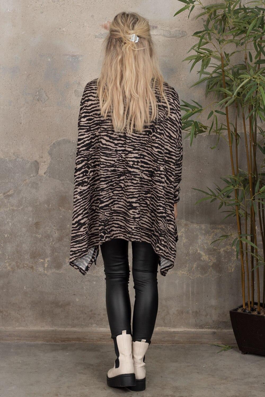 Elicia Oversize genser - Zebra -Beige