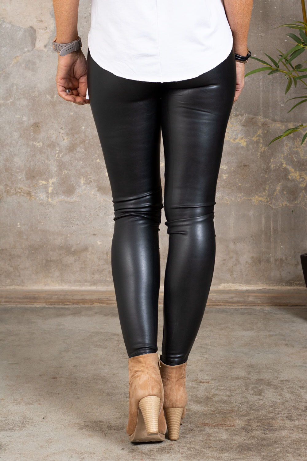 Leggings i imitert skinn - VS18001 - Svart