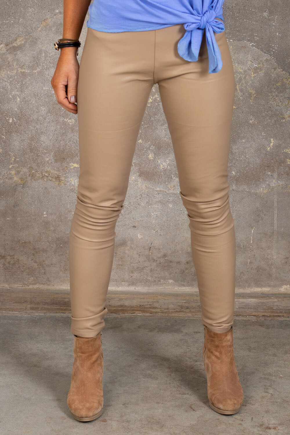 Leggings i imitert skinn - VS18013-1-10 - Beige
