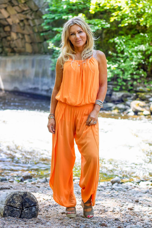 Idun-jumpsuit-orange-FB