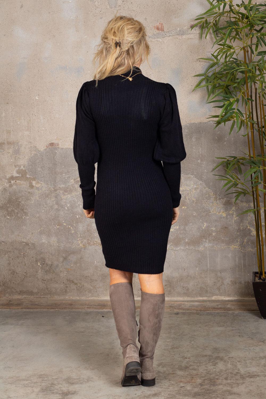 Jenna Strikket kjole - Puffermer - Svart