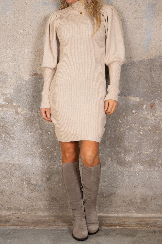 Jenna Strikket kjole - Puffermer - Beige