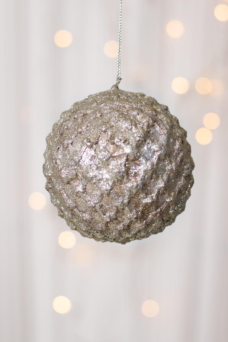 Julkula---Silver