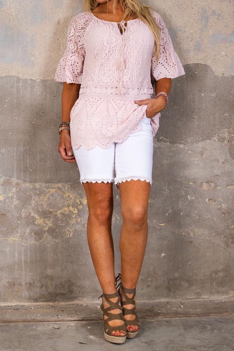 Langa-Shorts-med-Spets-off-white-hel-2
