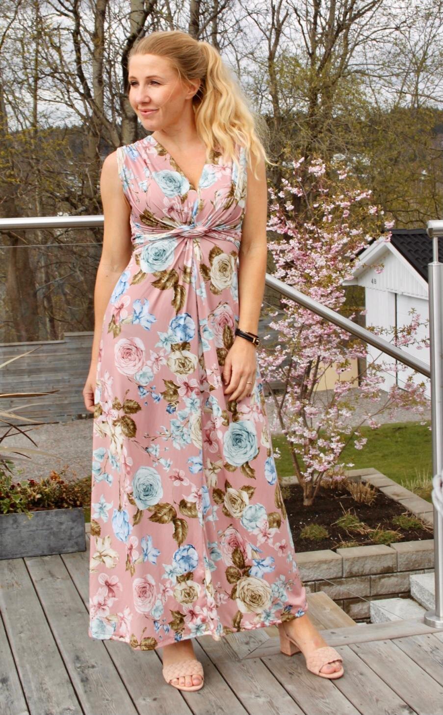 Carly lang kjole - Blomster - Rosa