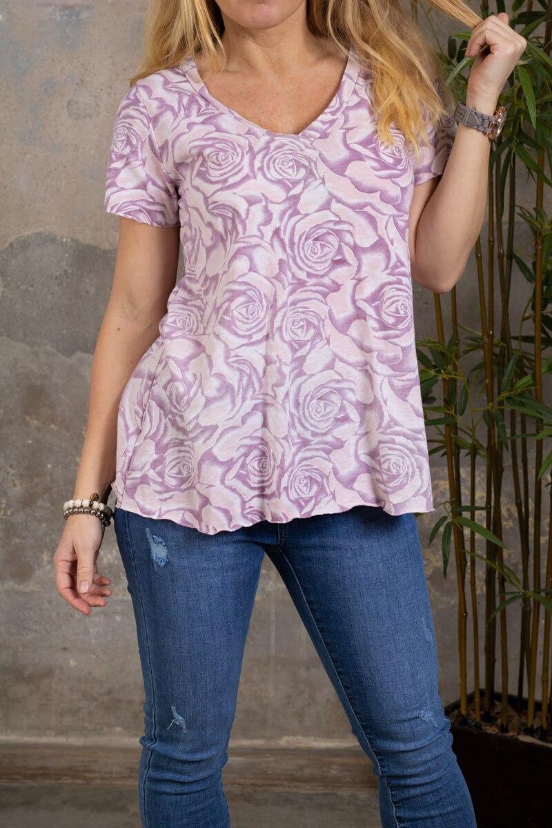 Marina - T-skjorte med V-hals - Roser - Rosa