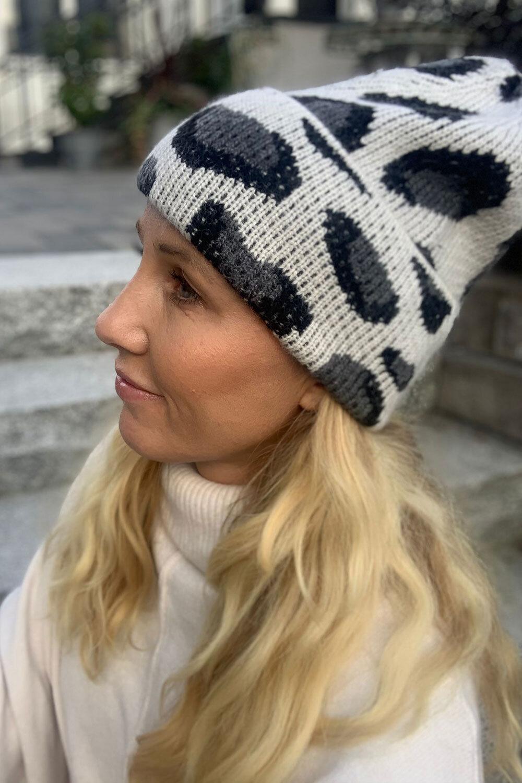 Lue - Leopardmønster - Off White