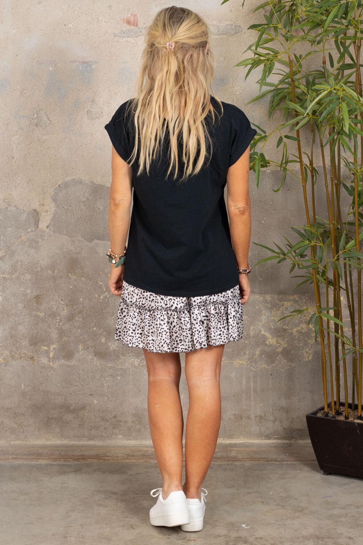 Odette T-skjorte - oppbrettede ermer - Svart