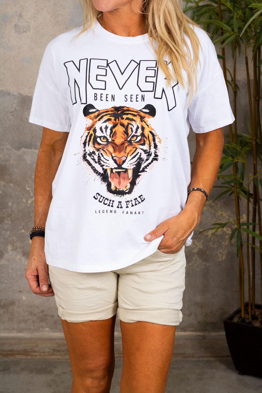 Regina T-skjorte med trykk - Hvit