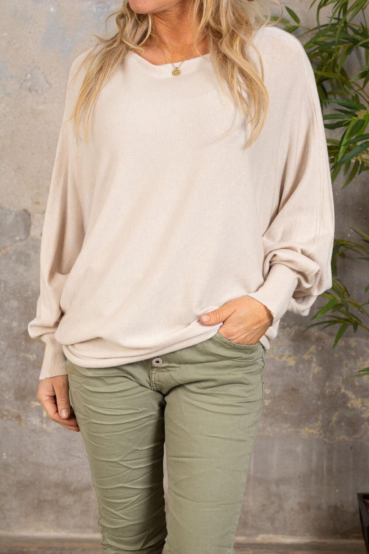 Renee Oversize genser - Detaljer bak - Beige