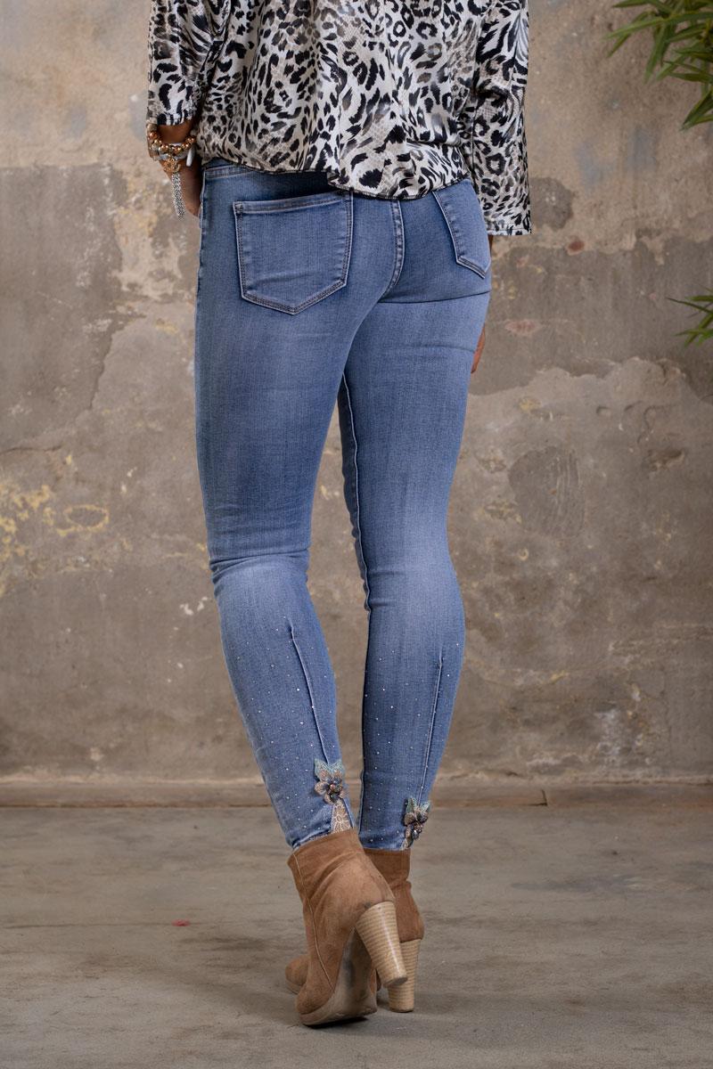 Skinny-Jeans-Ankellangd-RD6663---Brodyrblomma-o-Bling---Ljustvatt-bak