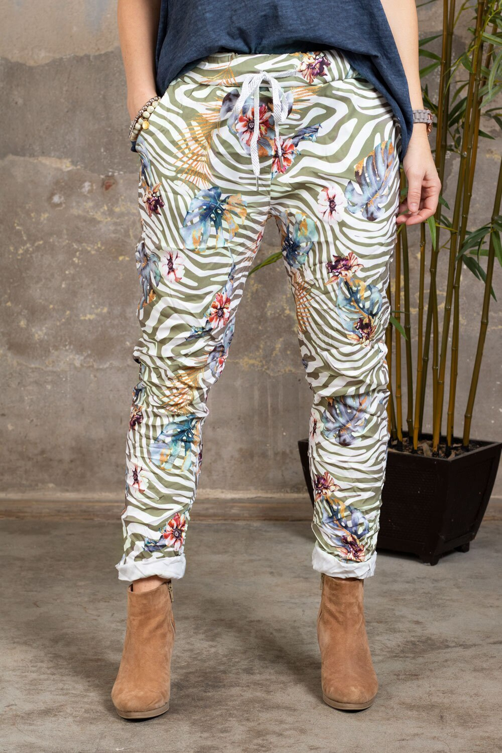 Stretch Pants - Zebra & Flowers - Khaki