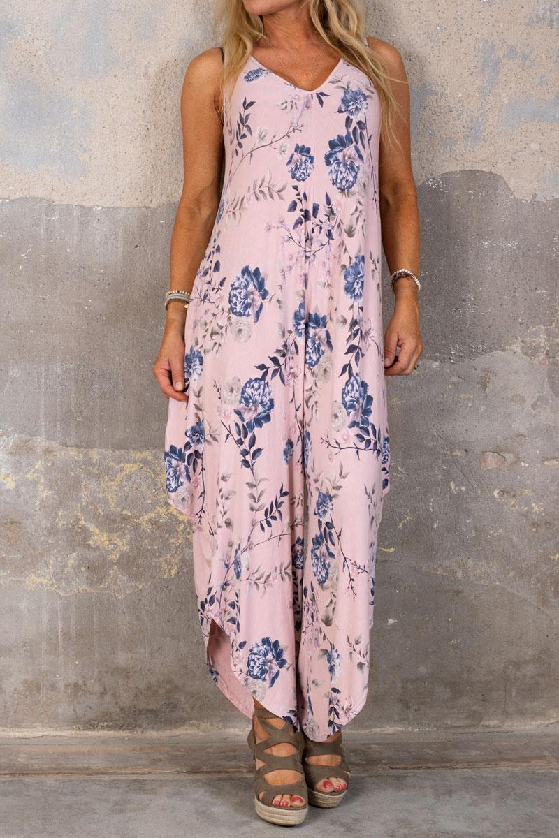 Theodora-Jumpsuit---Blommonster---Rosa-fram