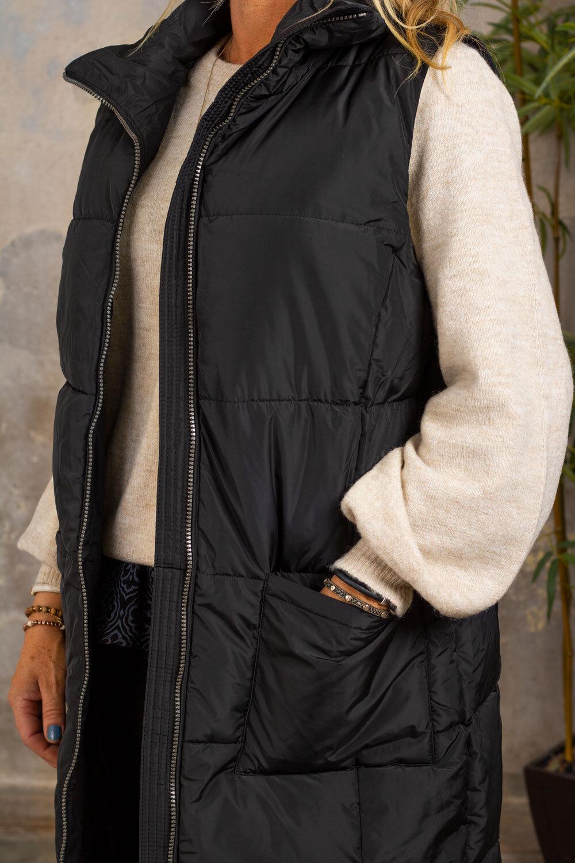 Trixie Vest med lang deksel - Lommer - Svart