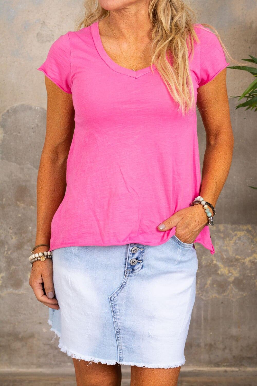 T-skjorte med V-hals - Cerise