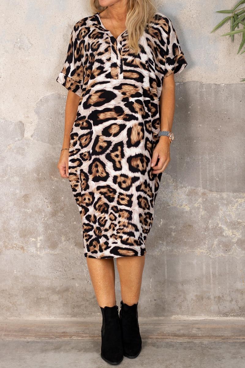 deliah-klanning-leopardmonstrad-brun-fram