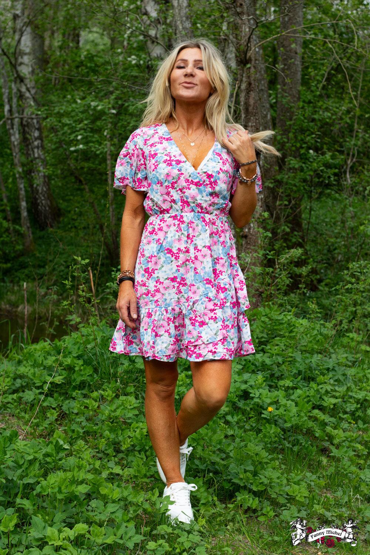 Karin kjole - Blomster - Rosa / Blå