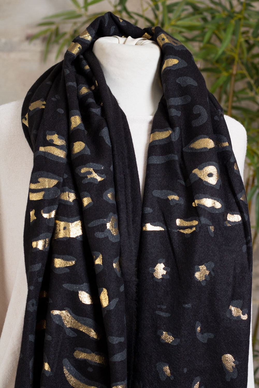 Leopardmønstret sjal - svart