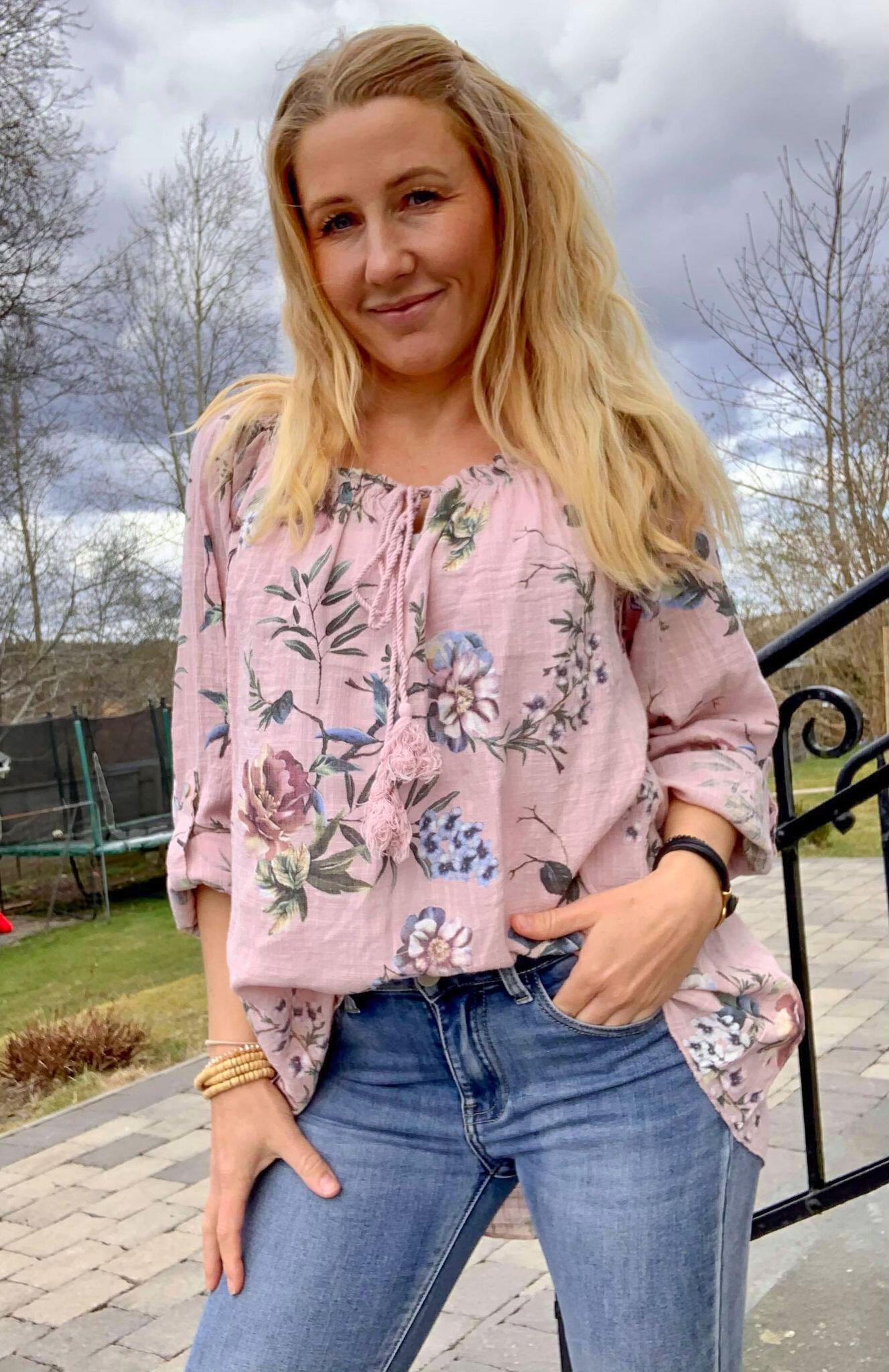 Mimi - Blommig tunika med Knyt  - Rosa