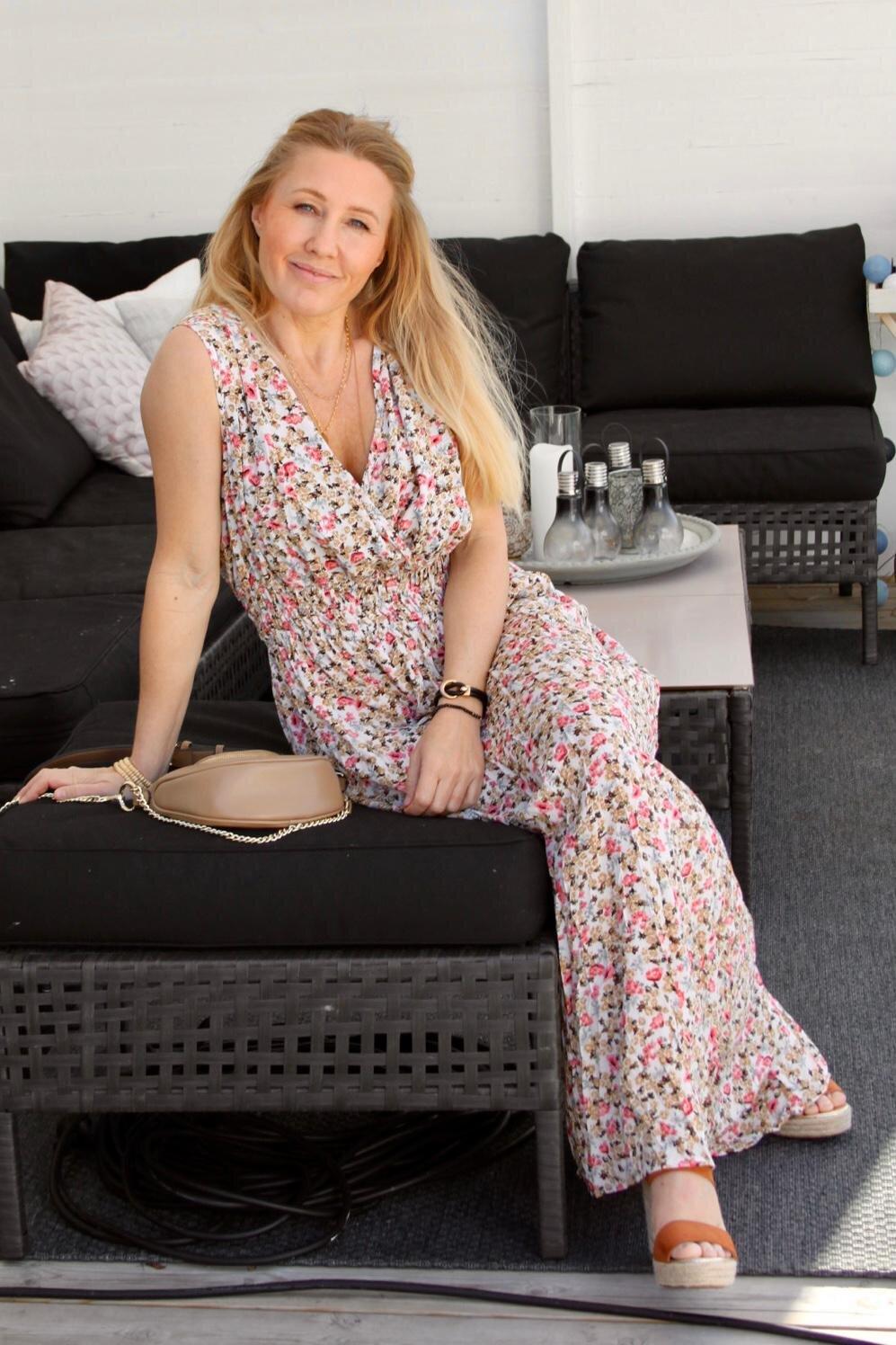 Noelle kjole - Blomstermønster - Krem