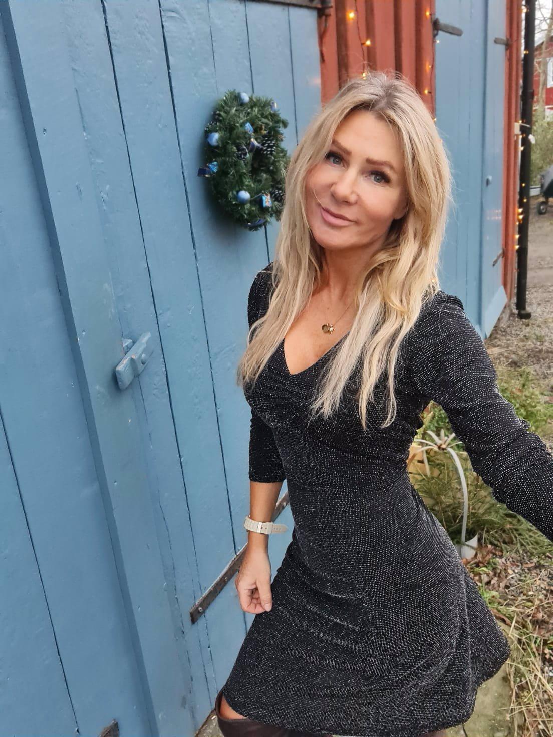Stacy Klänning - Glittrig - Sølv